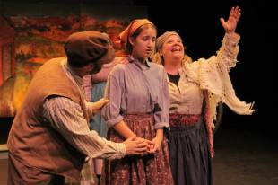 Nel Willenson and Angie Mack Reilly Star in Fiddler On the Roof 2014